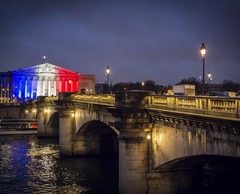 A salute to Paris and Parisians.